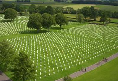 Impressie van Amerikaanse Begraafplaats Margraten